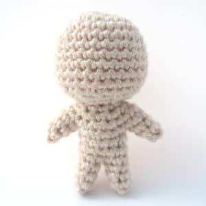 Kleine Puppe häkeln ohne nähen
